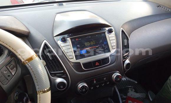 Acheter Occasion Voiture Hyundai Tucson Blanc à Bakel au Tambacounda