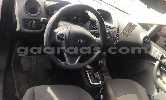 Acheter Occasion Voiture Ford Fiesta Blanc à Bakel au Tambacounda